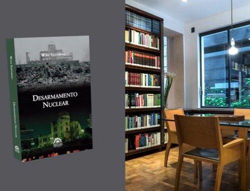 "Livro ""Desarmamento Nuclear"" – Wolf Ejzenberg"